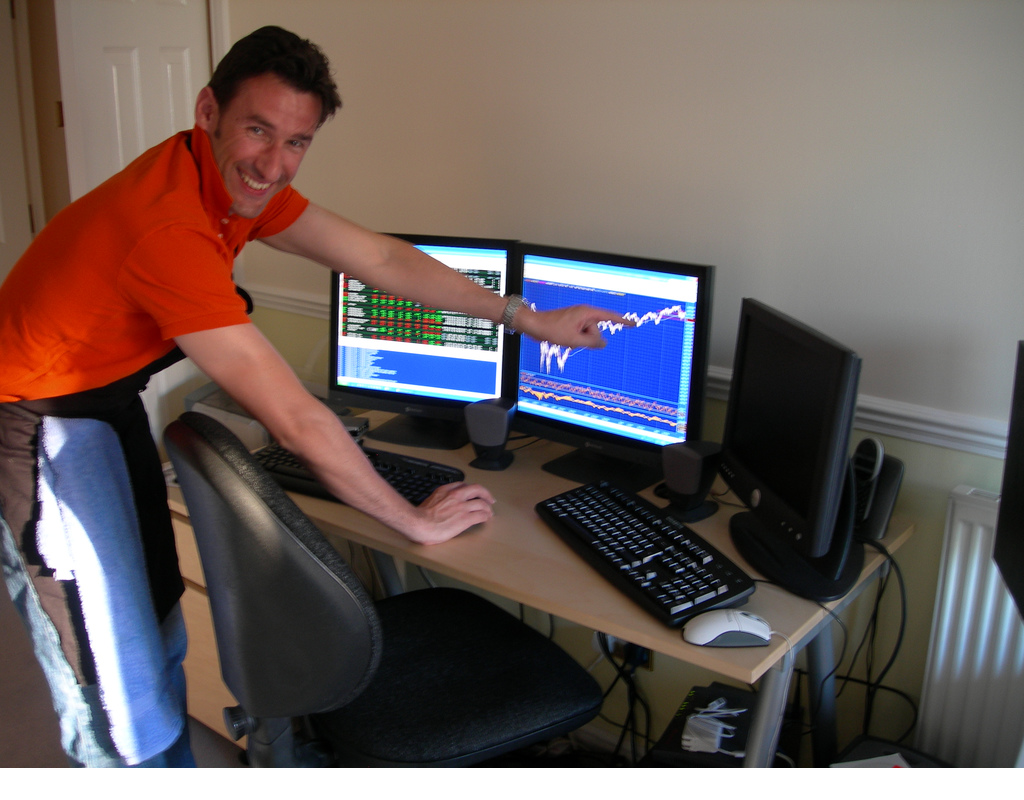 Day Trading for living in private office